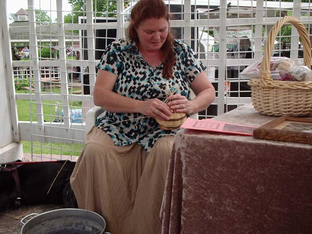Laura Collins Basket Maker